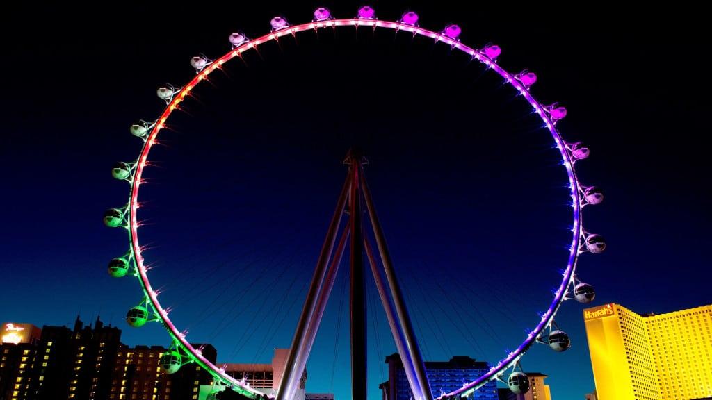 High Roller Wheel at Night