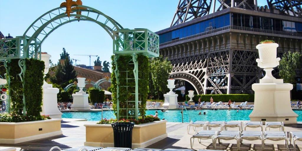 Paris Las Vegas Pool