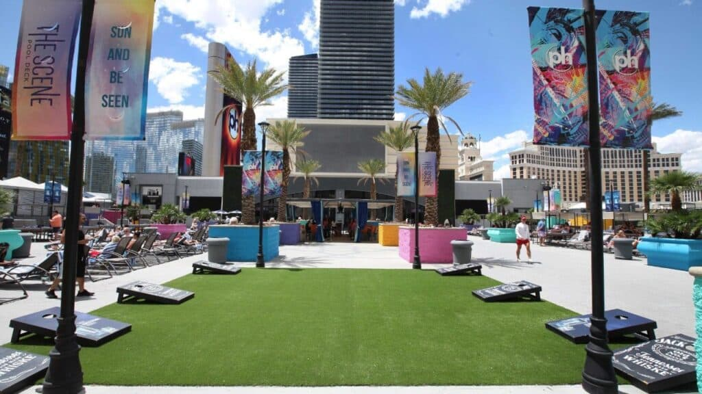 Planet Hollywood Las Vegas Pool Scene Deck